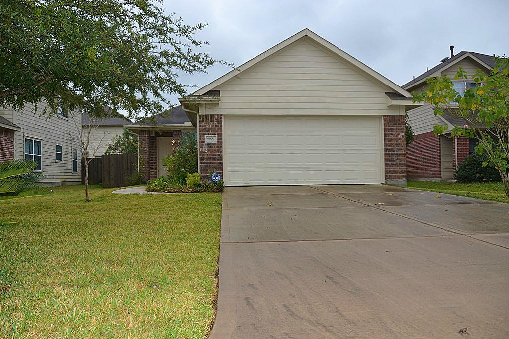 8926 Aurora Park Ln, Humble, TX