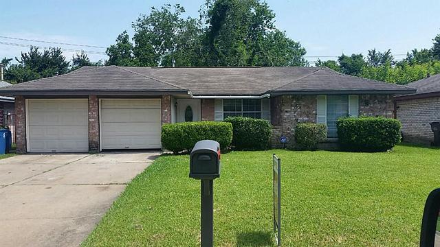 2006 Dormstom Ln Houston, TX 77088