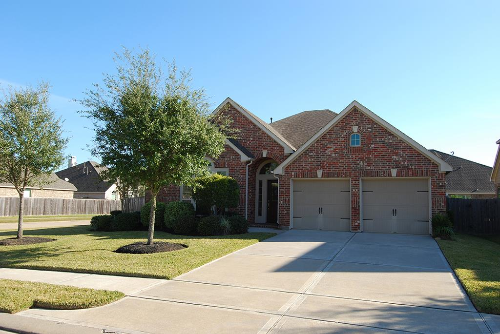 2701 Nightsong Dr, Pearland, TX