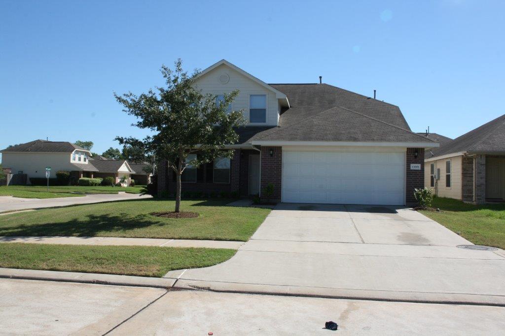13001 Glenwyck Dr Houston, TX 77045