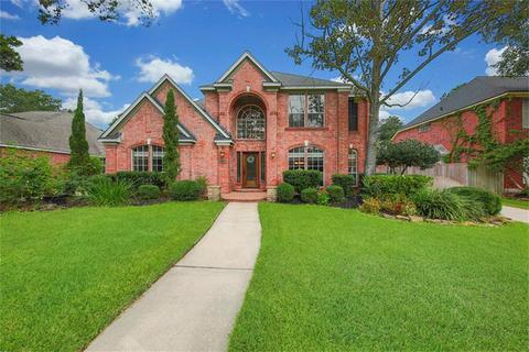 3511 Valley Chase Dr, Houston, TX 77345
