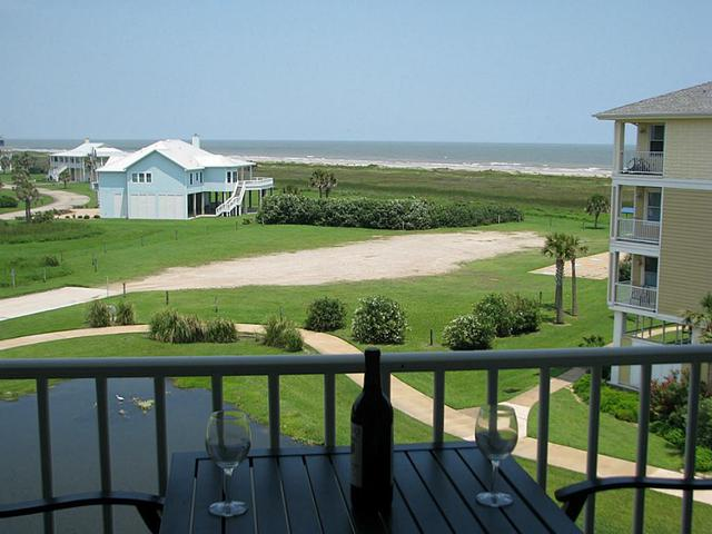 4131 Pointe West Dr #APT 302, Galveston, TX
