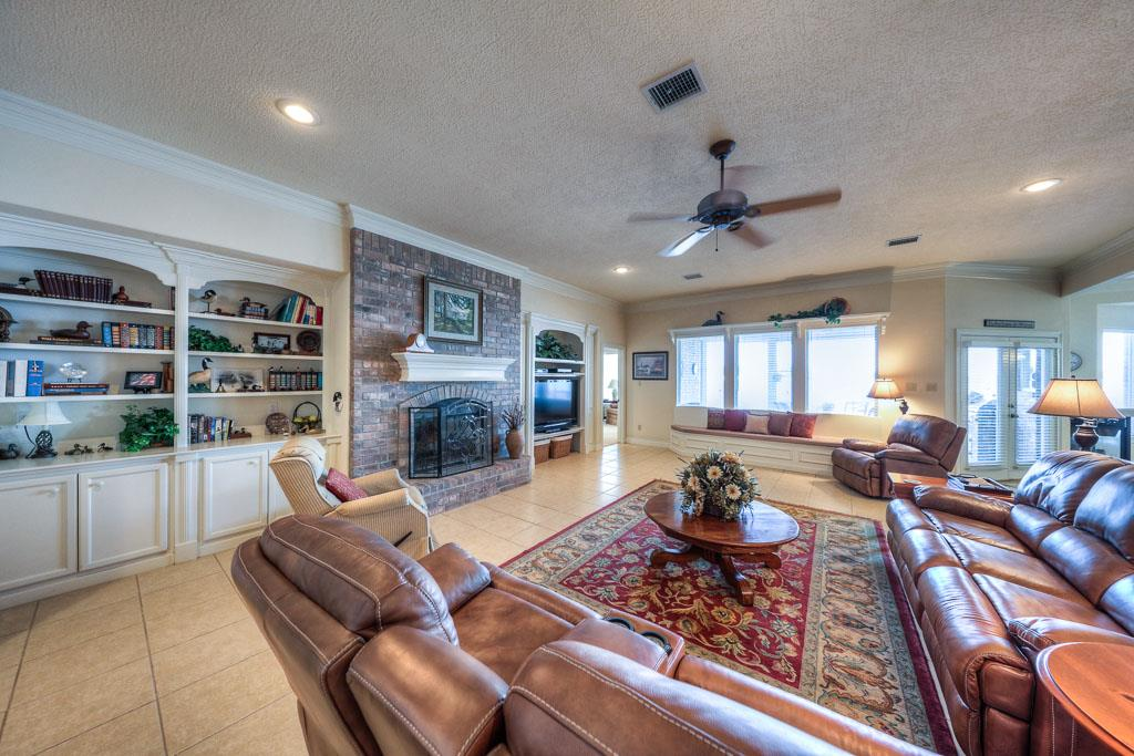 11354 Harbor Breeze, Montgomery, TX
