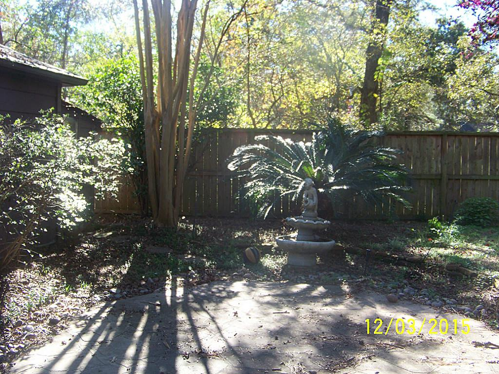 2214 Pine River Dr, Kingwood, TX