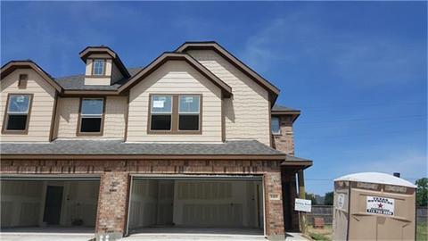 8419 Hawthorne Valley Ln, Houston, TX 77095