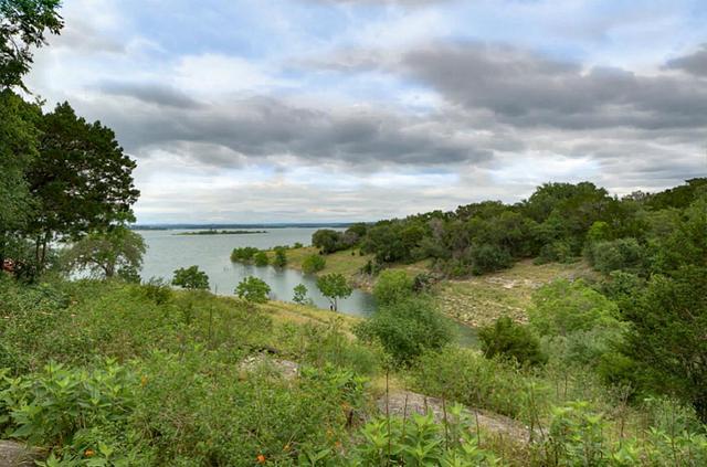 665 Cindy Dr Canyon Lake, TX 78133
