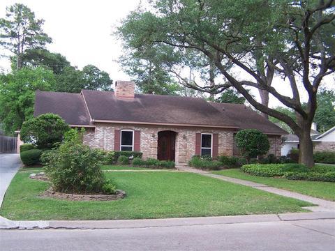 13426 Paradise Valley Dr, Houston, TX 77069