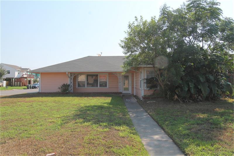 1824 Bayou Shore Dr, Galveston, TX