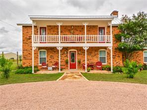 112 Independence Dr, Liberty Hill, TX