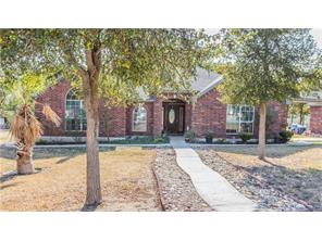 205 Lakeview Dr, Del Valle, TX