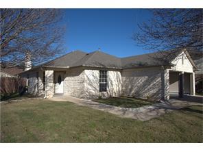 1202 Honeysuckle Ln, Pflugerville, TX