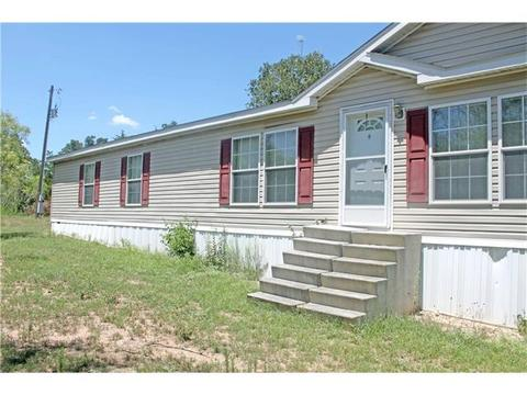 2843 Old Colony Line Rd, Lockhart, TX 78644