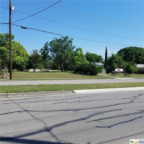 824 W County Line, New Braunfels, TX For Sale MLS# 346467 - Movoto