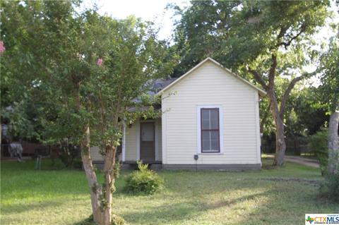 339 N Washington Ave, New Braunfels, TX 78130