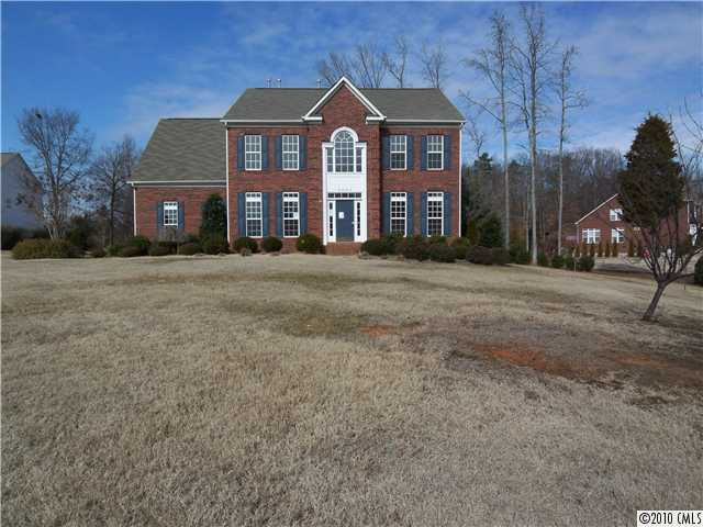 6925 Heath Glen Dr, Charlotte NC 28227