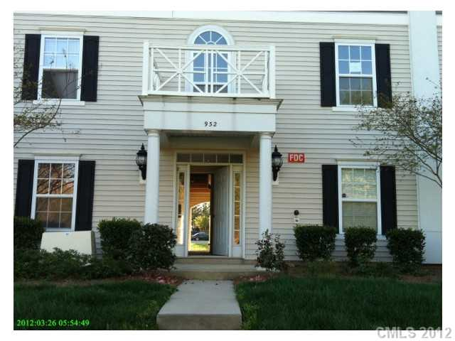 966 Plaza Walk Dr #f, Charlotte NC 28215