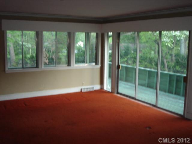 2400 Newland Rd, Charlotte NC 28216