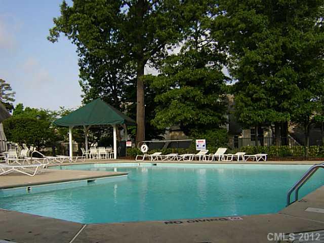 8315 Southgate Commons Dr #APT -, Charlotte NC 28277