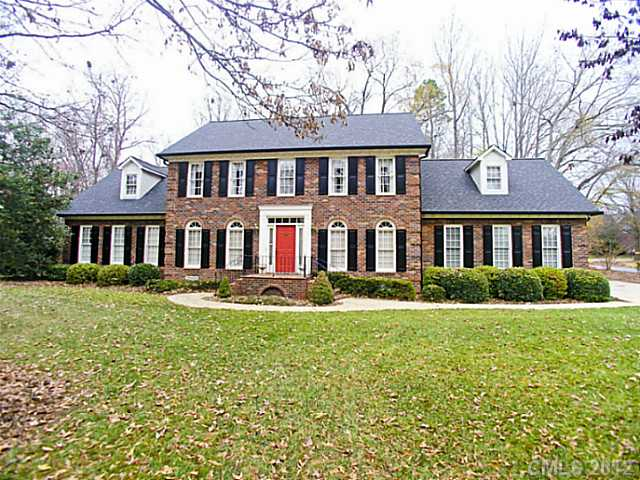 1545 Chadmore Ln, Concord, NC