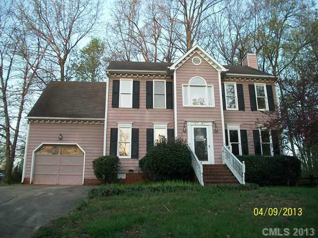 4742 Beech Crest Pl, Charlotte, NC