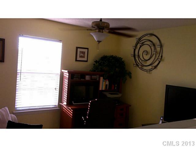 4207 Brawer Farm Dr, Charlotte NC 28269