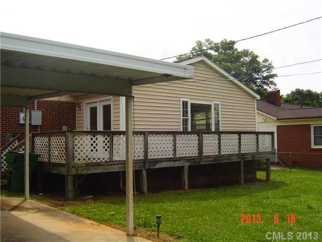 2538 Ashley Rd, Charlotte NC 28208