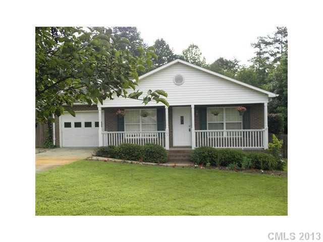 103 NE 44th Ave Pl, Hickory NC 28601
