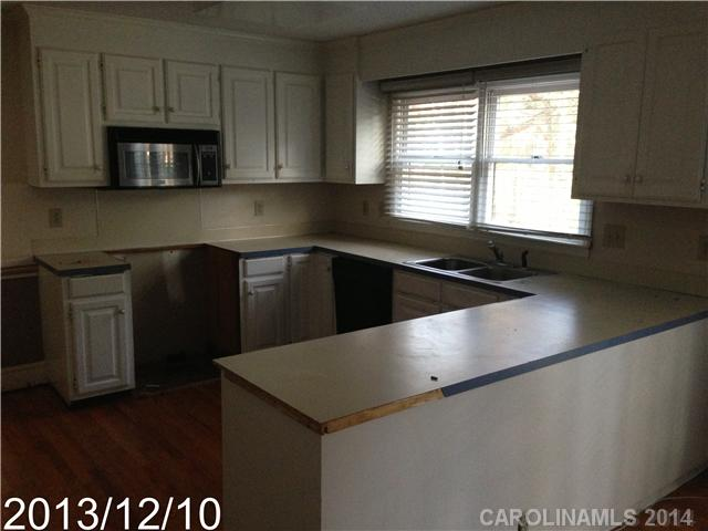 6730 Gold Wagon Ln, Charlotte NC 28227