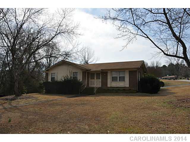 6747 Glenmoor Dr, Charlotte, NC