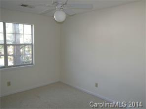 1052 Churchill Downs Ct #APT h, Charlotte NC 28211