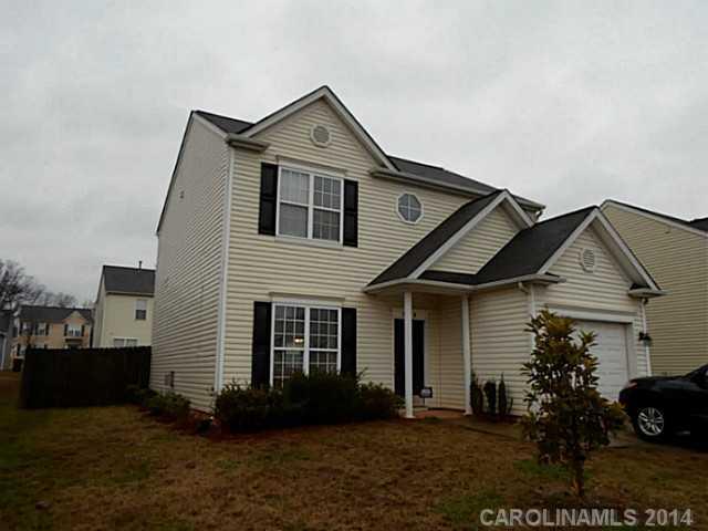 5316 Peach Place Ln, Charlotte, NC 28216