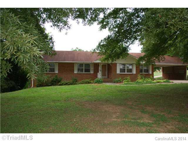 1827 N 601 Hwy, Mocksville, NC