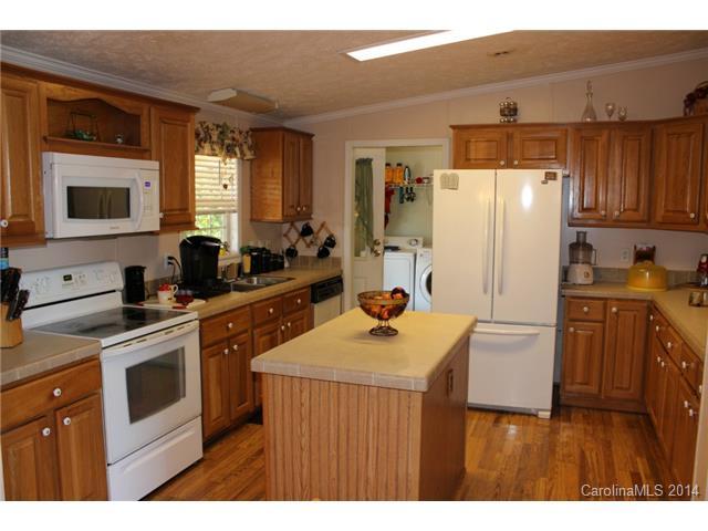 137 Cheshire Ridge Rd, Harmony NC 28634