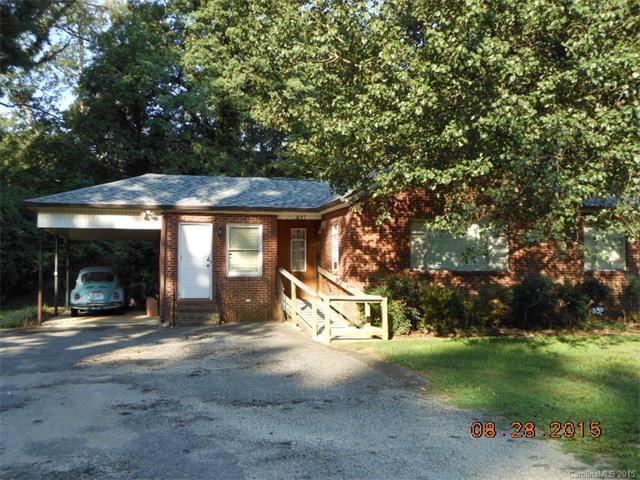 1807 Sugar Creek Rd, Charlotte, NC