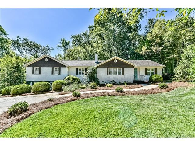 423 Mammoth Oaks Dr, Charlotte, NC 28270