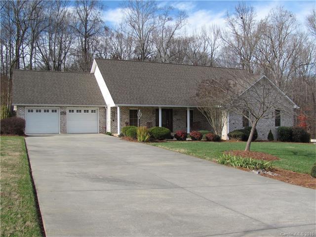 145 Hunters Ridge Ln Statesville, NC 28625
