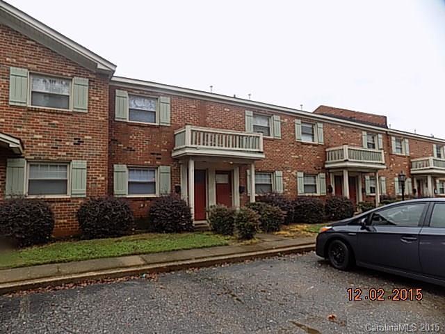 1207 Green Oaks Ln #APT L, Charlotte, NC