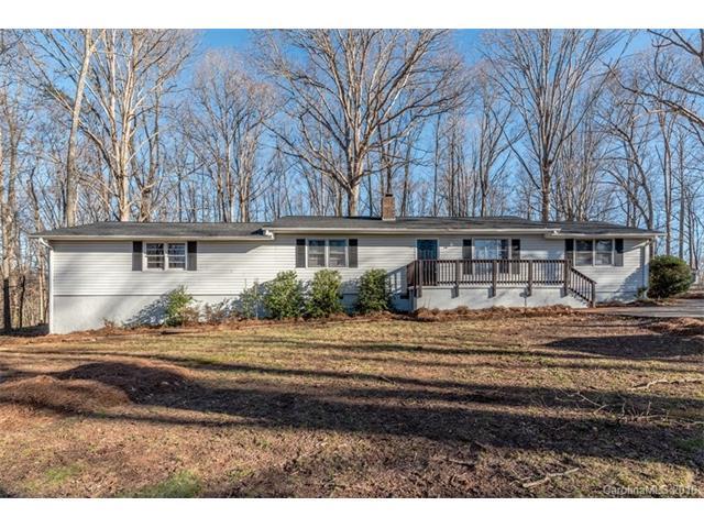 1025 Derek Pl, Mount Holly, NC