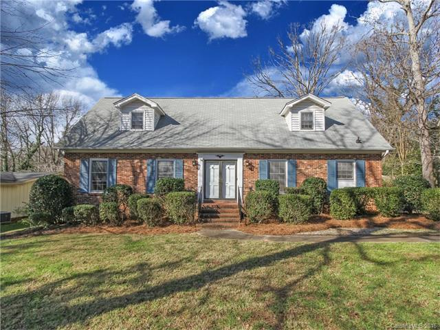 6046 Old Providence Rd, Charlotte NC 28226