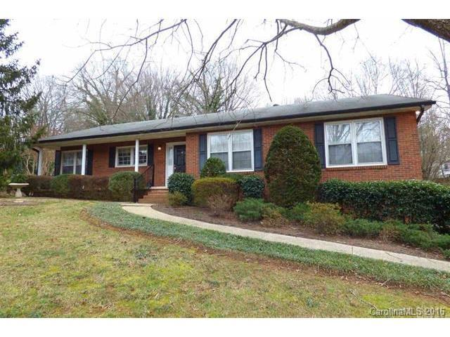 730 10th St Dr, Hickory NC 28601