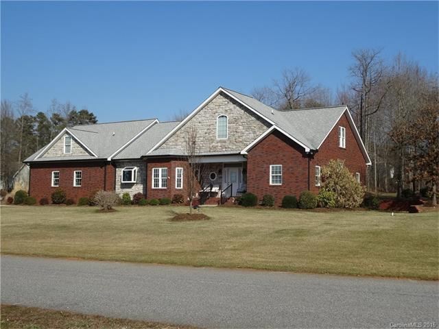 177 Spring Forest Dr, Statesville, NC
