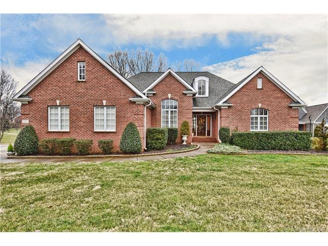 115 Kings Crest Dr, Mooresville, NC