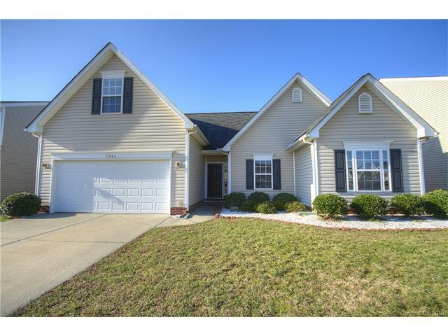 2947 Watercrest Dr, Concord NC 28027