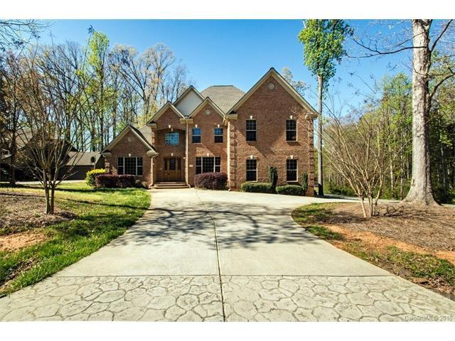 135 Webbed Foot Rd, Mooresville, NC