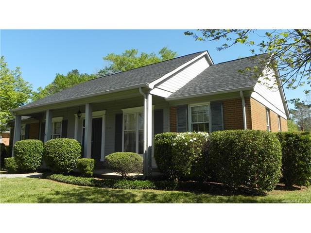 7343 Meadowdale Ln, Charlotte, NC