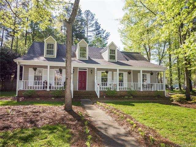 4221 Saxonbury Way, Charlotte NC 28269