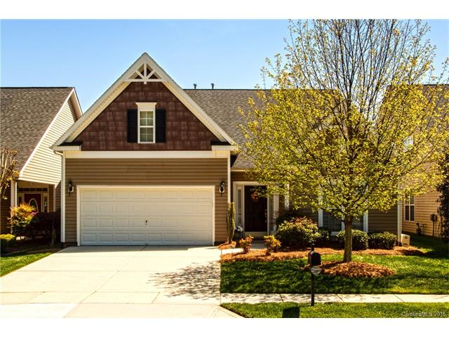 8715 Whistlers Chase Dr, Charlotte, NC