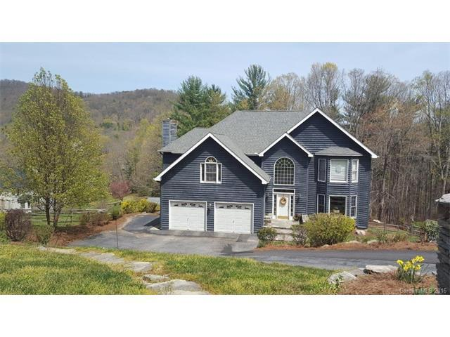18 Weston Heights Dr, Asheville, NC