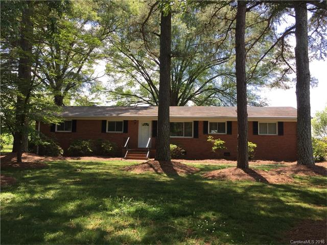11520 Cresthill Dr, Charlotte, NC