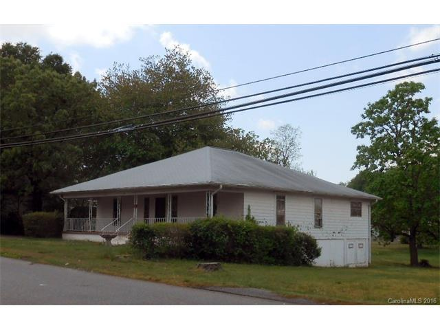 61 27th St, Hickory NC 28601